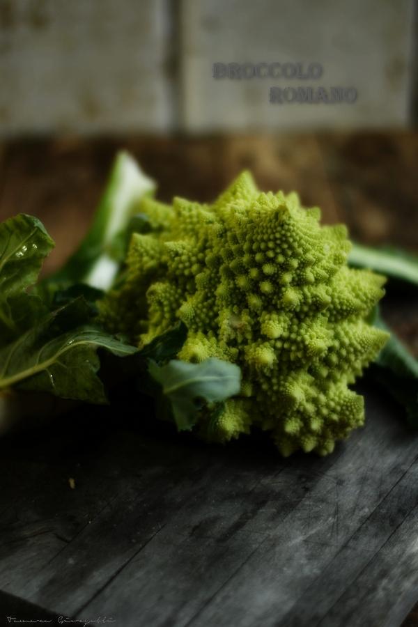 broccolo intero